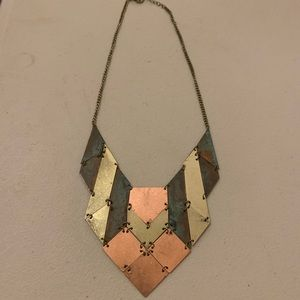 NWOT Metallic Tribal Necklace